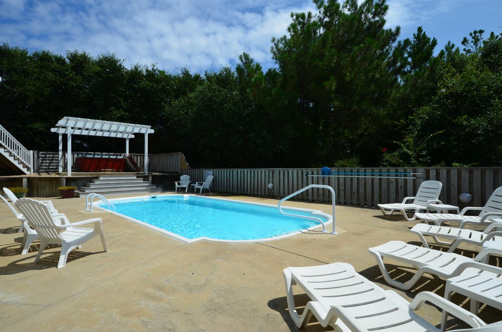 Sunshine - Heated Pool 01