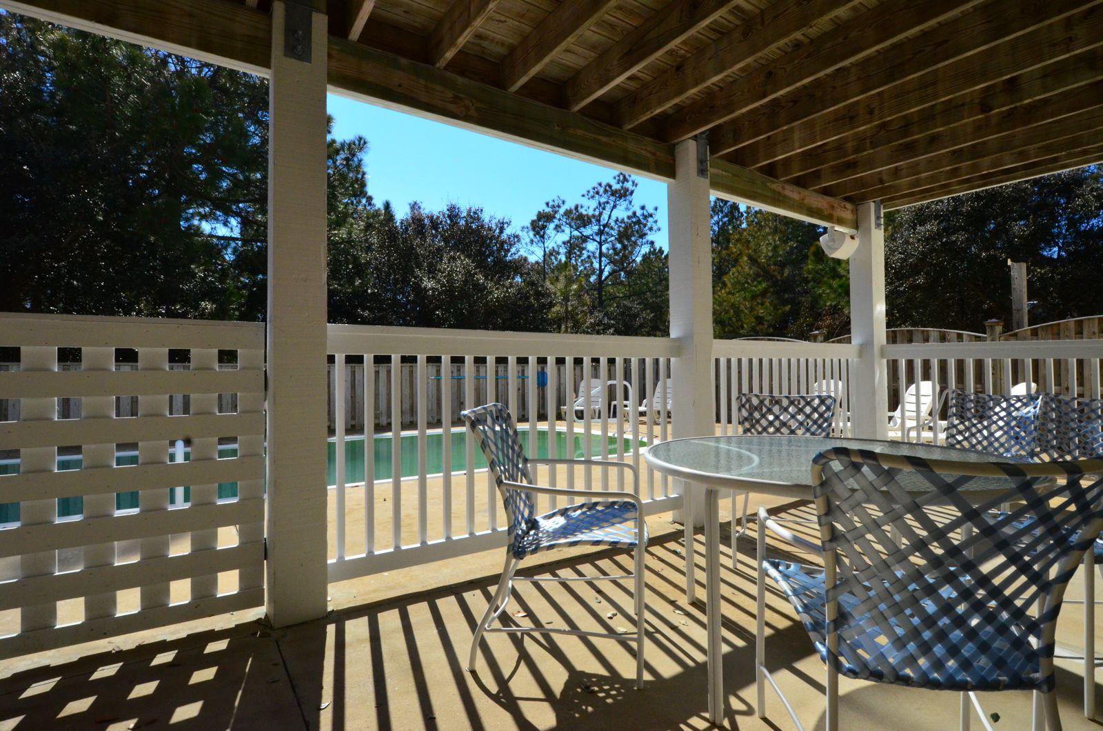 Sunshine - Safety Fence Around Pool